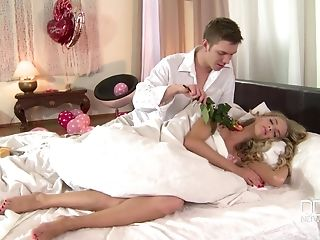 Leaping On A Hard Schlong Makes Horny Cayenne Klein Bellow Noisily