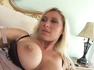 Devon Lee Likes To Rail A Manstick While He Squeezes Her Big Tits