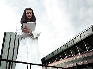 Cardiff Sixth Form School Giantesses Commercial (2013)