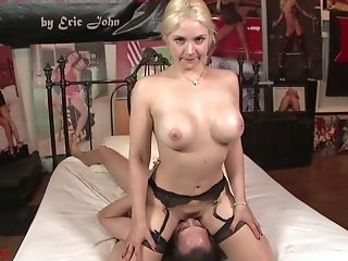 Big-titted Blonde Sarah Vandella Gets Penetrated By A Big Schlong