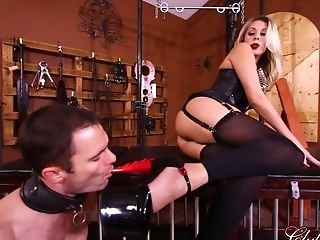 Clubdom Queen Nikki Brooks Manages Her Submissive Maid