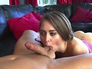 Alluring Stunner Riley Reid Likes To Suck Saggy Testicles