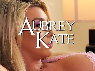 Svelte Lengthy Legged Blonde Bitch Aubrey Kate Wanna Get Her Transsexual Booty-fucked