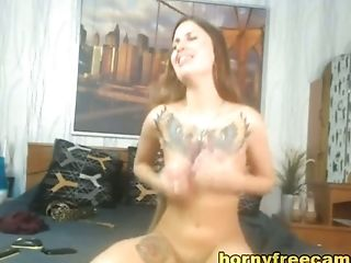 Hot Tattooed Lady Screaming And Sucking