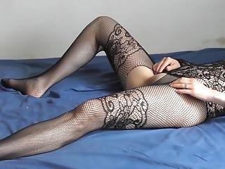 Mistress Bubble Feet Fetish And Ass Fucking Fingerblasting