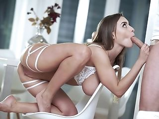 Impeccable Wifey Pornography With The Curvy Woman Dealing The Dick Like Crazy