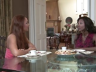 After All Girl Finger-tickling Janet Mason And Diamond Jackson Want To Jism Together