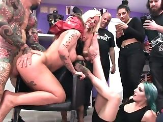 Female Doesn't Fight Back Tattooed Man Penetrating Her In Public