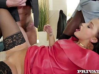 Lewd Hubby Of Daphne Klyde Lets Black Stud Joins Them For Mmf Threesome