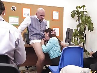 Black-haired Bombshell Cougar Assistant Diamond Foxxx Guzzles Jizm In Office