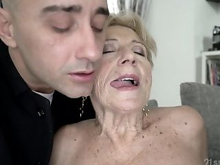 Matures Blonde Granny Malya Gets Jizm On Her Freckled Face