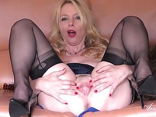 Auntie Lucinda Undergarments And High High-heeled Slippers Wank - Self-stimulation