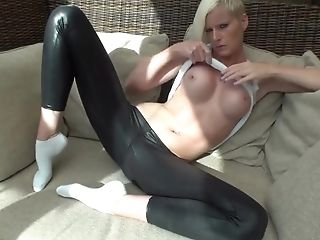 German Blonde In Leather Stretch Pants Pleases Her Coochie On The Floor