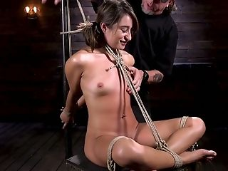 Tied Up And Suspended Porno Model Isabella Nice Gets Her Vag Penalized In The Dark Room