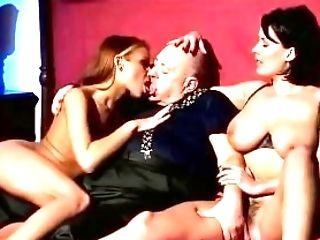 Jenny's Italien Smooching & Tongue Have Fun (2001)