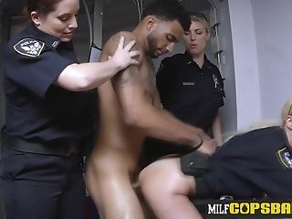 Hot Mom I´d Like To Fuck Whore In Cop Uniform