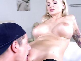 Kayla Green Gets A Hefty Jizz Flow In Mouth After An Amazing Point Of View Deep Throat