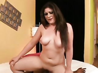 Sexy Harley Valley Works Her Bf's Cane In And Out Of Her Mouth Before Hook-up