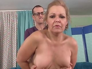 Mouth-watering Gilf Kelly Leigh Gets Rammed Rear End Style By A Skinny Junior Fellow