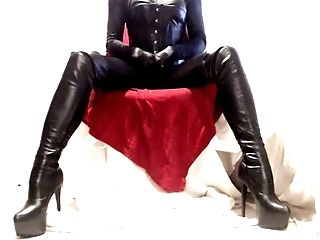 Shiny All Over With Hip Boots Leather Pvc