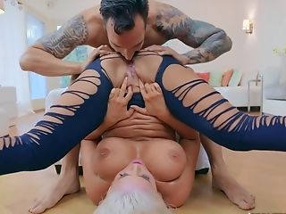 Manmeat Railing Act With Blonde Big-titted Mummy Karissa Shannon
