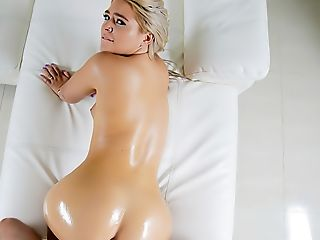 Blonde Phat Ass Milky Girl Works Out Her Cock-squeezing Vag