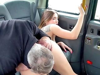 Unexperienced Creamed On Beaver After A Good Fuck On The Back Seat
