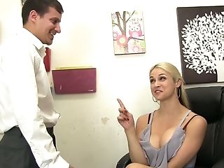 Blondie Sara Vandella Gives Rimjob Before Letting Mate Penetrate Her Twat