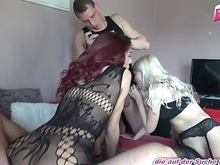 German Teenager Homemade Four Way Groupsex