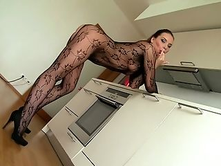 Super-bitch Wendy Moon Taunts With Her Pierced Cunny And Gets Fucked