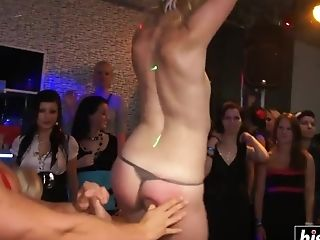 Banging In The Club Is The Best!