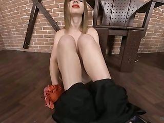 Ultra-kinky Alone Ukrainian Nymphomaniac Lilit Sweet Loves Taunting Herself