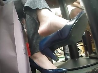 Dangling High-heeled Slippers