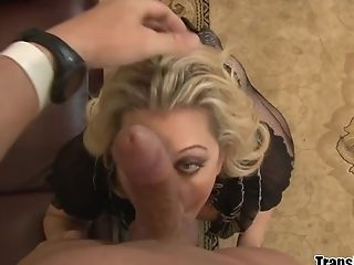 Transsexual Tyra Scott Deep Throats And Fucks A Fat Man Meat