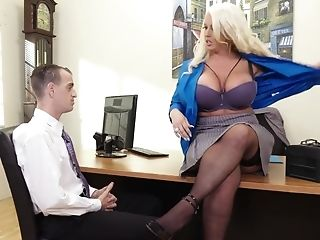 Hot Lustful Mummy Cray Office Lovemaking