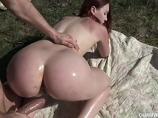 Teenager Bombshell Charli Crimson Oiled Up And Fucked Outdoors