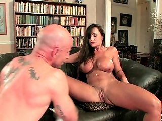 Lisa Ann And Her Big Titties Are Incredible In A Fuck Flick