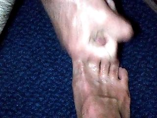 Cuming Over My Feet