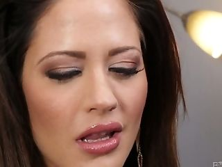 After Providing A Splendid Deepthroat Bj Lusty Mummy Holly Heart Gets Fucked Mish Rough