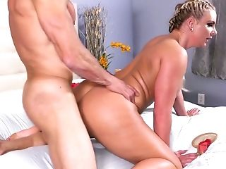 Light Haired Playful Blondie Phoenix Marie Bows To Suck Delicious Prick